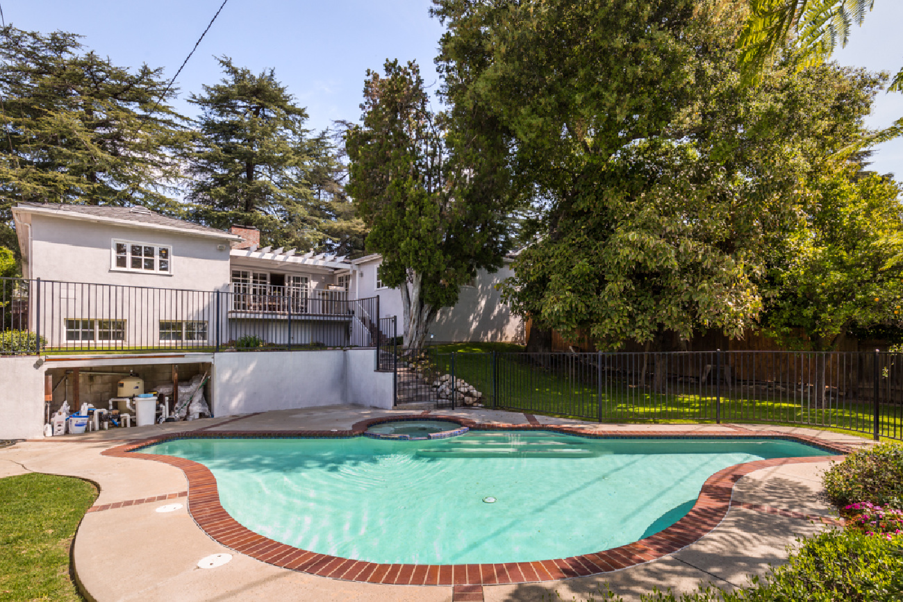 1932 TONDOLEA LANE, La Canada Flintridge CA: